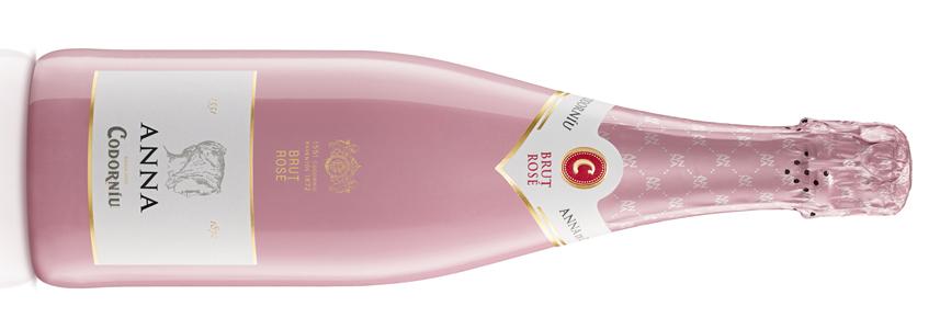 bodega Codorníu lanza el nuevo Anna Brut Rosé D.O, Cava, hostelería, tiendas de vino, variedades Pinot Noir y Chardonnay, viñedos Lleida, crianza mínima de 12 meses en la bodega, maridaje, maridaje gourmet, maridaje gourmet y más