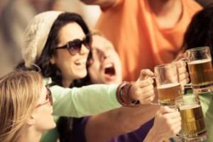 Centro comercial sexta avenida, Madrid, fiestas, dios Baco, catas, actividades lúdicas, Kitchen Communty, Pozuelo, vino, cerveza, catas, BEERFEST, GINTONICFEST, fiesta del vino, Iniciación a la Cata de Vinos, sumilleres, Encopadebalón, Rueda Caraballas, Pruno Crianza de la Ribera del Duero, Dehesa de la Granja, DJ, Mayka Edjo, jazz, boleros, bossa nova, fiesta de la cerveza, Raúl Navarro, propietario de Cervezone, perrito caliente, musica celta, Tres de Trébol, premios, sorteos, la Brooklyn lager americana, Weihenstephaner Vitus, Samuel Smith Imperial Stout, TripelKarmeliet, maridaje, maridaje gourmet, maridaje gourmet y más