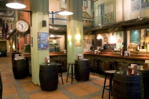 Salón Restaurante asturiano Teitu, Madrid, maridaje gourmet y mas, maridaje, maridaje gourmet, cocina tradicional asturiana, guisos típicos asturianos, Fabes asturianas con su compango, Fabes con almejas y pixín. Fabes con andaricas y txangurro, Pote asturiano, Lubina de Cudillero en salsa de oricios, Carne gobernada, Pitu Caleya con patatinas, Arroz con pitu Caleya, Arroz con leche asturiano, vino, VA MURUA, Cudillero, Grupo Oter, queso asturiano, leche fresca de cabra, vaca, oveja, queso LA PERAL, GAMONEDO, GAMONÉU, AFUEGA EL PITU, QUESO AHUMADO DE PRÍA, Sidra Natural Trabanco