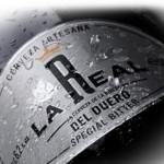 Cerveza de la Ribera La Real del Duero, fermentación de mosto, carbonatación, cerveza Blonde, origen belga, cervezas Pale Ale Británicas, cerveza artesanal, maridaje de cerveza, pollo, ensaladas, salchichas, quesos suaves, pastel de mandarina o damasco, torta de crema y limón, lúpulo especiado, herbáceo y terroso, malta Pilsen, beber, bebida alcoholica, cata de cerveza, maridaje gourmet y mas, maridaje gourmet, maridaje