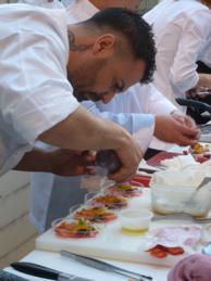 Maridaje Gourmet y Mas, Maridaje Gourmet, Maridaje, Gourmet, evento gastronomico,foodies,experiencia gastronomica, producto de temporada, productos de temporada, cocina de mercado, dieta mediterranea, cocina mediterranea, oferta gastronomica, salir por valencia, comer en valencia, comer por valencia, eventos, comer tapas en Valencia,Tapas de cocina, Tapa de cocina, Recetas de cocina, Receta, Recetas, Receta de chicharro, chicharro, Adrian Merenciano, cocinero Adrian Merenciano,