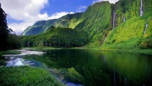 El Archipiélago de  Azores Tiene 9 islas Mas