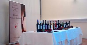vino Moises,Castilla y León ,Gran Arribe de Oro,D.O. Toro,enólogos,bodega Pago Heredad de Urueña,alcohol, Asociación Vinduero-Vindouro, beber, beber vino,bebida alcoholica, bodega,bodegas, bodegas de la Península Ibérica, cata de vino, Catar vinos,catas, Chardonnay, comprar vino,conocer vinos, crianza de vinos,donde comprar vino, el mundo del vino, enólogos, enoturismo,foodies, garnacha, gourmet, Los 100 mejores vinos de España y Portugal, los mejores vinos de España y Portugal.Premios Vinduero-Vindouro, maridaje,maridaje gourmet, maridaje gourmet y mas, Mejores vinos,mundo del vino, nota de cata,nota de catas, sumiller, sumilleres,Tempranillo, uva, uva garnacha,uva tempranillo Uva Viura, uvas,viñas, viñedo, viñedos, vino, vino blanco, vino ecologico, Vino Rosado, vino tempranillo, vino tinto, vinos, vinos buenos, vinos ecologicos, Viura