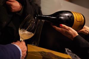 blanc de noir ,Rafa Navarro,botellas magnum ,cavas españoles,blancs de noirs ,DO Cava,cosecha 2007,Cava formato magnum ,Cava elaborado en Requena,Cava de más de 10 años,Tantum Ergo Exclusive,Bassus Pinot Noir, beber vino rosado, beber vino, Bodega de Requena, Bodegas en Requena, Bodegas Hispano Suiza, bodegas, cata de vinos, Catar vinos en Requena, cava de requena, Cava, cavas en Requena, comprar vino, conocer vinos, crianza de vinos, D.O Utiel-Requena, donde comprar vino, el mundo del vino, Enologo Pablo Ossorio, enólogos, enoturismo, evento gastronómico, foodies, gourmet, Impromptu Rose Pinot Noir, maridaje gourmet y mas, maridaje, Pablo Ossorio, Pinot Noir, Requena, uva, uvas, Vino Rosado, Vinos, vinos buenos, Vinos de la Bodega Hispano Suizas, Vinos ecologicos, vinos, Viñas, viñedo, viñedos en requena, viñedos